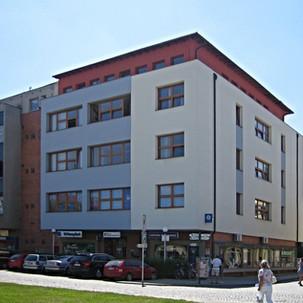 Fasáda a přístavba budovy Ministerstva Z
