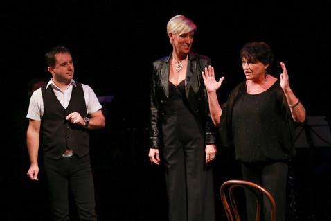 Renata Drössler, Valerie Zavadská a Jiří Zbořil(2).jpg