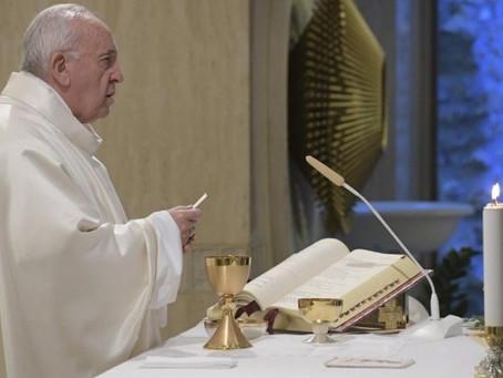 Por uma nova economia: palavras do Papa na Missa em Santa Marta