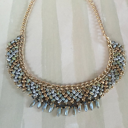 Crescent Lane Herringbone Necklace