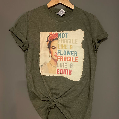 Frida Kahlo - Fragile like a bomb T-shirt