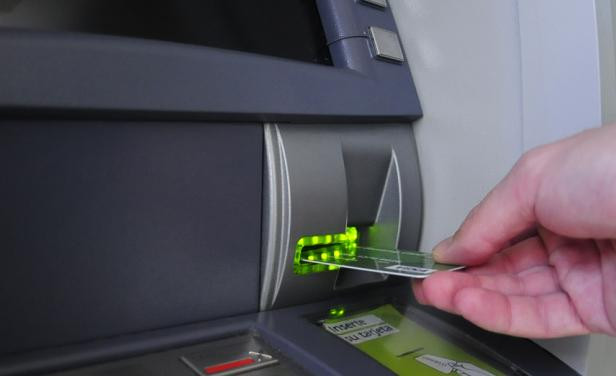 uso de cajeros automáticos