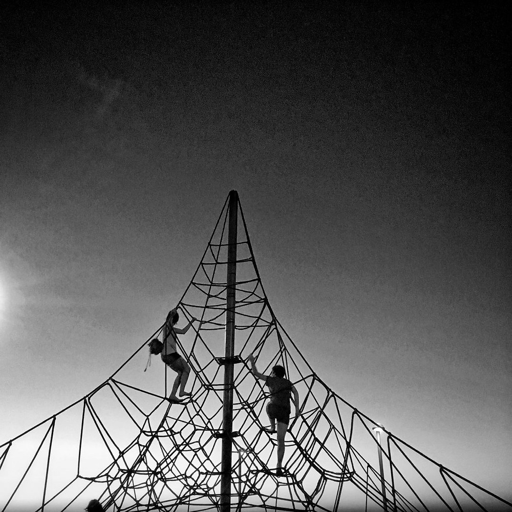 The rope pyramid at the playground in Charles Clore park