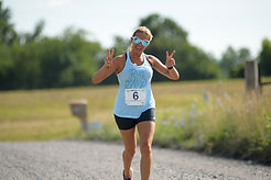 2019 Vine to Wine 5k-104.jpg