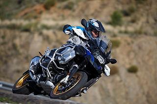 BMW Schraeglagen Erlebnis Training | onroad | kurventraining | BMW KTM Yamaha | Driving Area Wesendorf