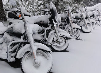 Winterhotel Motorrad Wintereinlagerung Driving Area
