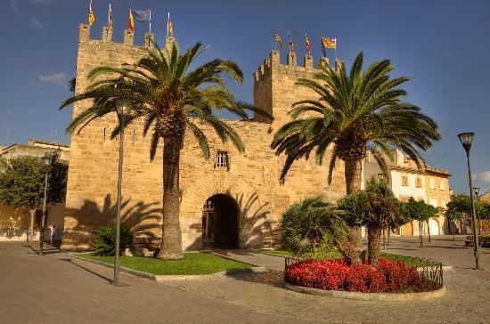 Alcúdia Wall