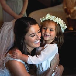 beautiful bride 👰🏻 MUA_ Cori ❣️ •_•_#lashedbycori #crkbeauty #beauty #bride #wedding #mua #dressyo