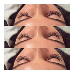 lashing out ✨✨ •_•_#lashtips #mua #boston #makeuptips #browsonfleek #lashboss #lashes #borboletabeau