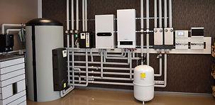 Владельцы загородных домов нередко сталкиваются с проблемами отопления и горячего водоснабжения жилых помещений. Возникают они по причинам невозможности, нерентабельности или низкой эффективности подключения к централизованной сети горячего водоснабжения. Наиболее рациональное решение ситуации — котельная частного дома.  Разработка проекта котельной и её монтаж – сложные технологические операции, производимые с учётом требований СНИП, санитарных, строительных, противопожарных норм. Самостоятельная установка не закрещена, однако, в целях обеспечения безопасности домочадцев, частная котельная должна быть спроектирована профессионалами.