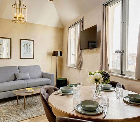 Duplex Spacieux 2 chambres   Location Courte Durée proche du Louvre   Apartments du Louvre