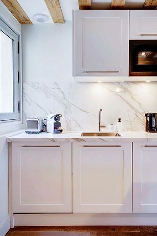 Cocina | Alquiler temporário espléndido 2 dormitorios | Apartments du Louvre Saint Honoré