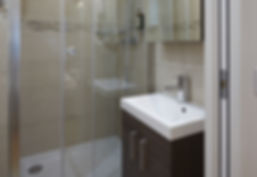 Bathroom | Quiet serviced short term studio rental | Apartments du Louvre