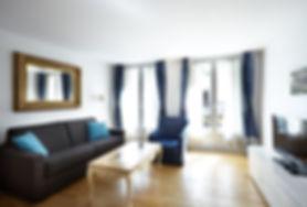 Large 1 bedroom short term apartment in Paris | Apartments du Louvre