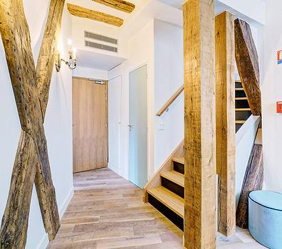 Hall | Spacious duplex holiday apartment | Apartments du Louvre