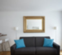 Living Room | Large 1 bedroom short term apartment in Paris | Apartments du Louvre