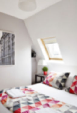 Bedroom | 1 bedroom rooftop holiday apartment | Apartments du Louvre