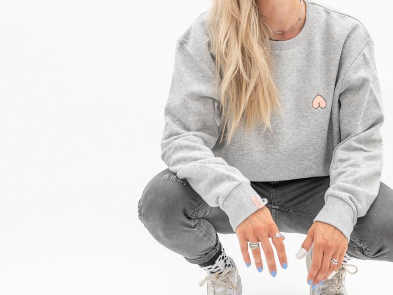 Hello_Nasty_Donner_Sweater_Damen