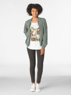 Lillies patter tee