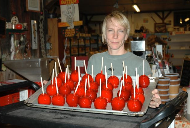 sharon and another batch of candy apples