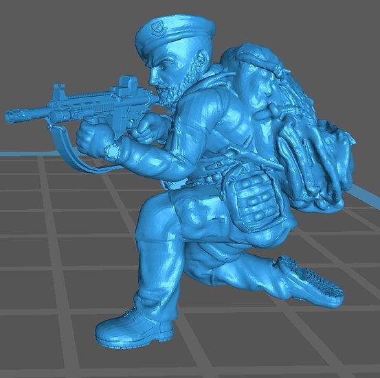 Force spéciale 3 avec bérêt et HK416