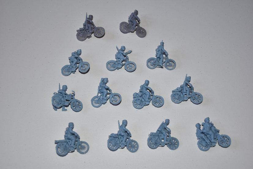 Set de 13 cyclistes allemands WW2