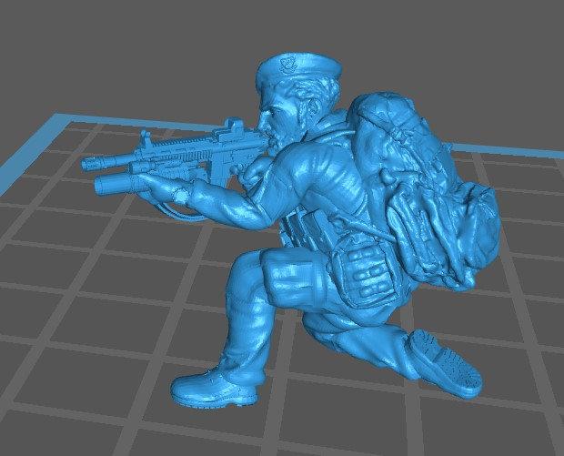 Force spéciale 3 avec bérêt et HK416 lance grenade