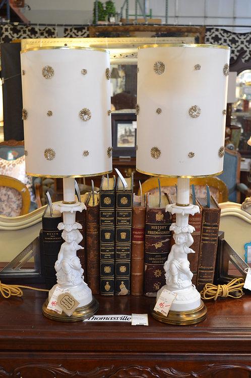 Vintage Delicate Porcelain Cherub Lamp