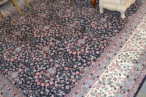 Fantastic vintage Persian Pakistani carpet 10' x 14'