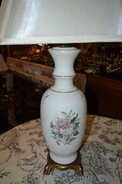Lamp- Vintage rewired! Porcelain painted roses, footed stand, silk shade