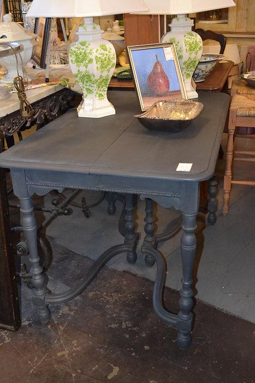ANTIQUE PNTD TRESTLE DINING TABLE, NO LEAF