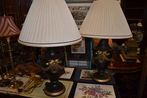 "LAMP- BLACK W GOLD BOW DESIGN, FOLDED SHD- 31"""