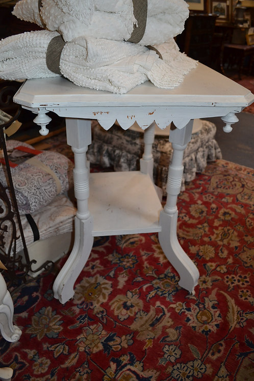 EASTLAKE SHABBY PAINTED SIDE TABLE W CASTERS