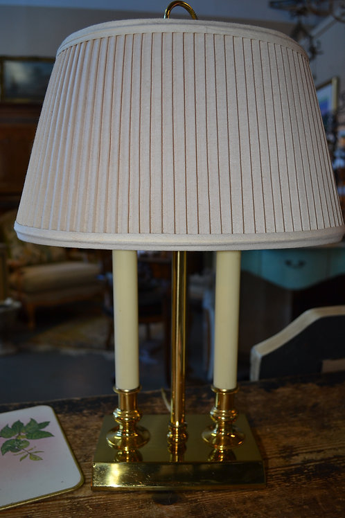 Lamp- brass french dbl candlestick, oval shade