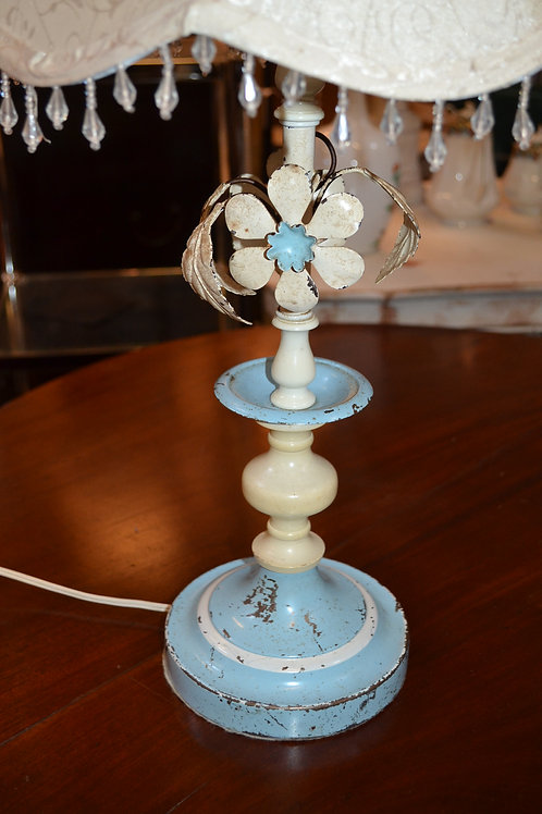Lamp- shabby wired floral blue cream, w/scallop silk shade