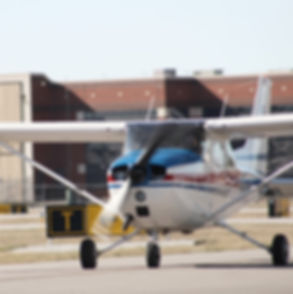 cessna 172 skyhawk, addison airport, mckinney airport, dallas tx, trainer, flying, aircraft