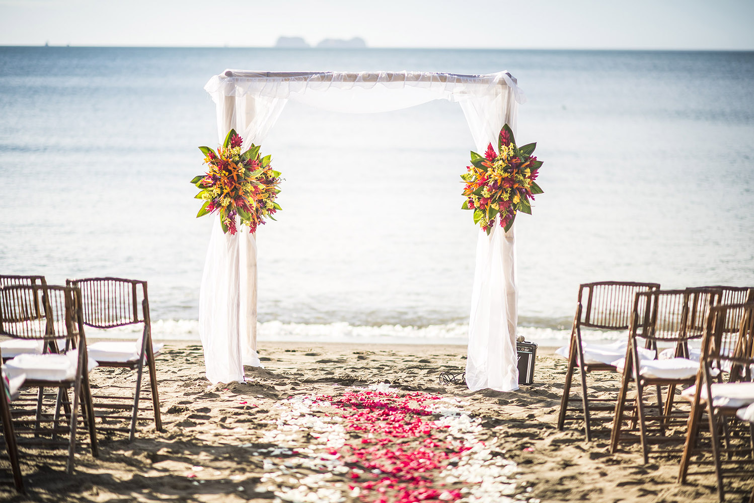 Manuel Antonio Weddings, Weddings in Costa Rica, Costas Rica Beach Wedding, Weddings in Manuel Anton