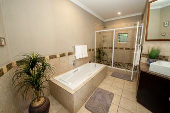 room 3 bath.jpg