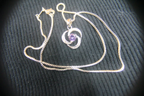 Amethyst set in 18 kt GP Pendant.