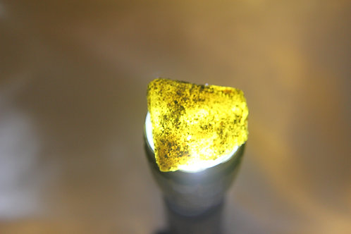 131.10 Ct Natural Uncut Certified Yellow Sapphire