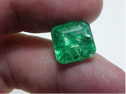 7.0 Ct Certified Natural Colombian Translucent Emerald