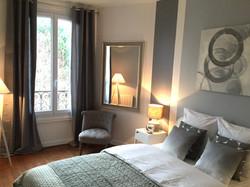 décoration_chambre_grise_.jpg