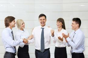 10 Tips para reconocer el trabajo de tus colaboradores