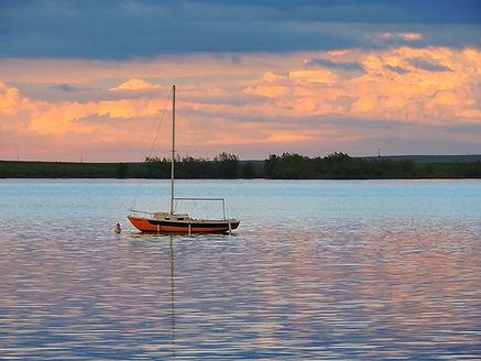 lone-sailboat-connor-beekman.jpg