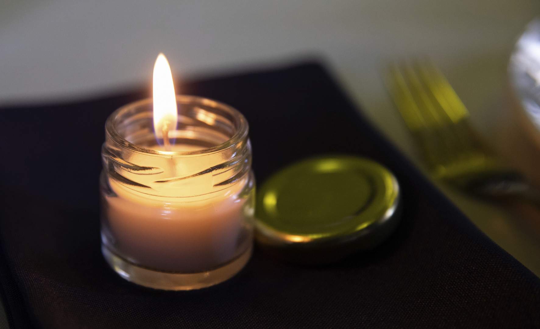 Wedding Favour Candle.jpg