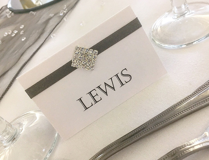 Amour Name Place Card