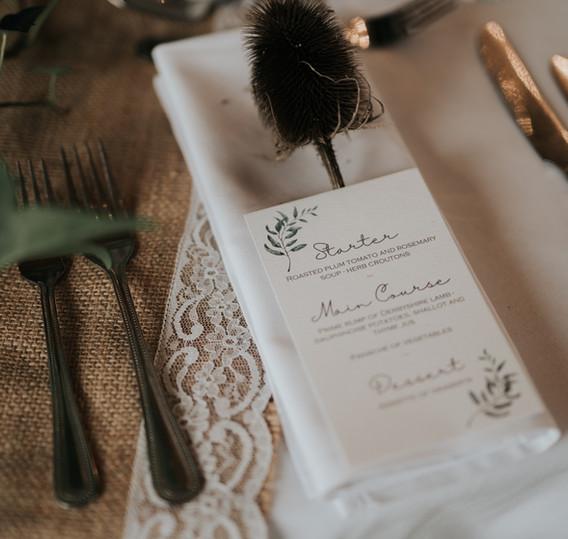 watercolour leaves wedding table menu.jp