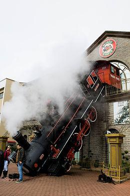 smoke-3285368_1920.jpg