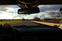 road-231915_1920.jpg