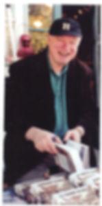 Lester Horwitz with books.jpg